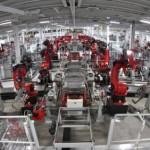 Китай открыл первую в мире фабрику без людей